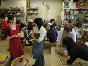 東京の陶芸教室千秋工房 教室の風景10