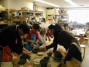 東京の陶芸教室千秋工房 教室の風景11