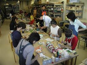 東京の陶芸教室千秋工房 教室の風景12